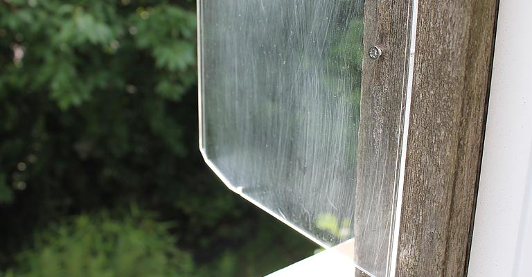 Lade-verdeler als kat balkonafscheiding