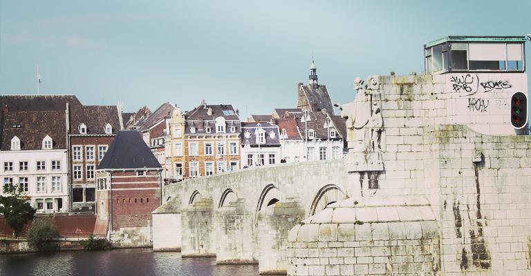 maastricht_bridge